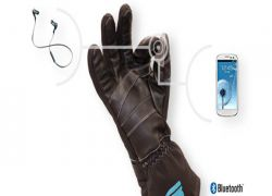 BEARtek Gloves: Making Music Easier and Safer for Listeners on the Move
